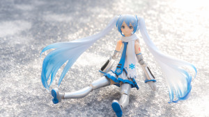 Figure-moe-Snow-Miku-8