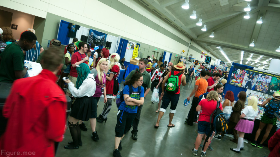 Figure-moe-Otakon-2014-day-one-10