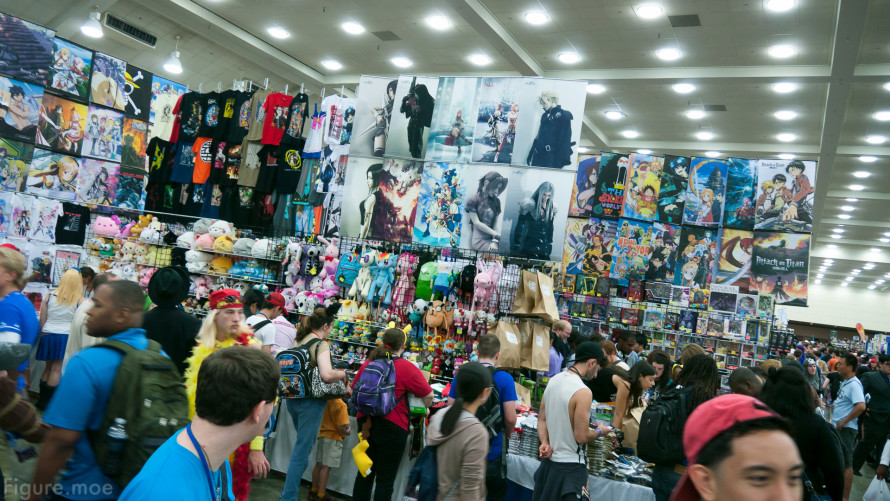 Figure-moe-Otakon-2014-day-one-16