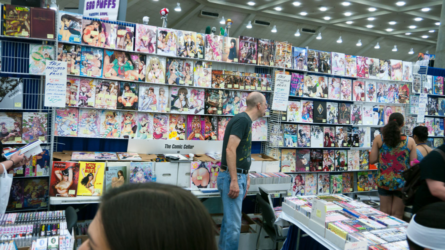 Figure-moe-Otakon-2014-day-one-43