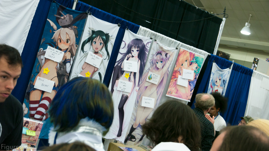Figure-moe-Otakon-2014-day-one-69