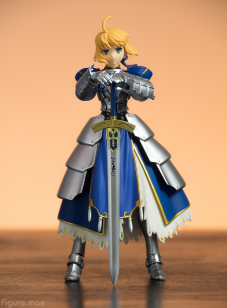 Figure-moe-Saber-King-of-Knights-1