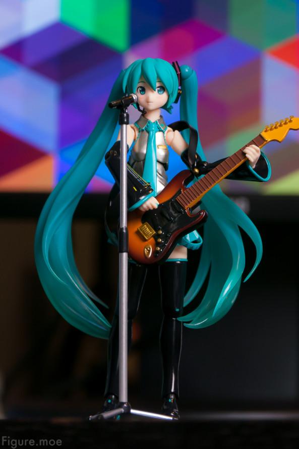 Figure-moe-Hatsune-Miku-ver2-4