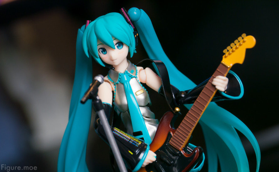 Figure-moe-Hatsune-Miku-ver2-5