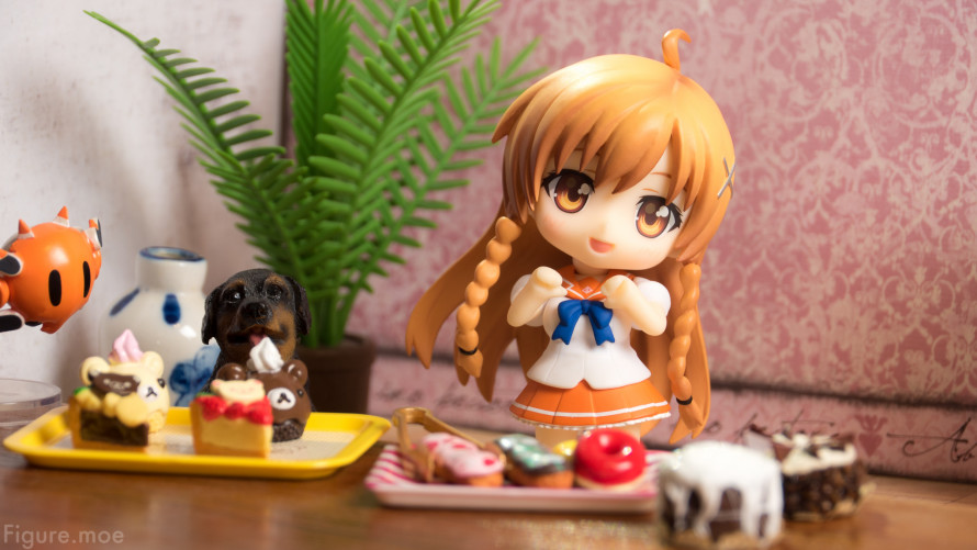 Figure-moe-Mirais-BIG-Birthday-Gift-1