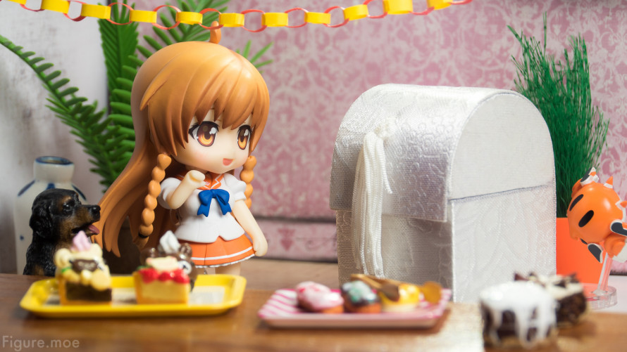Figure-moe-Mirais-BIG-Birthday-Gift-3